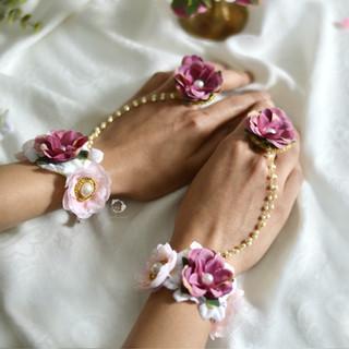 mauve, plum, gold + pearl hath