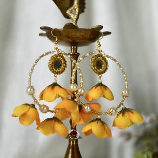 mirrored rain drop hoop earrings