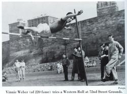 1952 YB Trk Pg 156 Pic 01