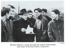 1952 YB Trk Pg 58 Pic 01