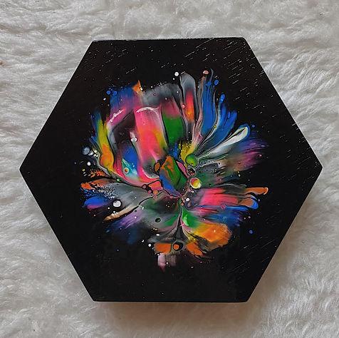 acrylic fluid D
