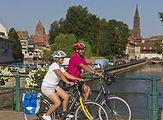 meinzCycling-through-the-citya.jpg