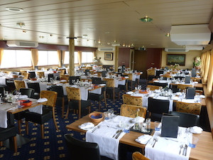 Restaurant-ship-Bordeaux.jpg