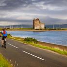 lochranza-castle-cyclist.jpg
