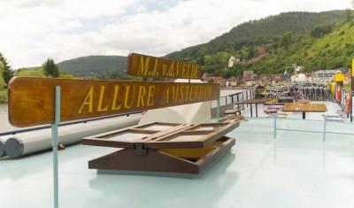 Allure-Deck.jpg
