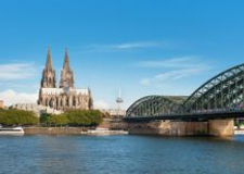 Wonderful-view-of-Cologne-over-the-Rhein
