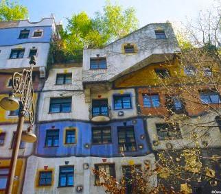 Wenen_Hundertwasserhaus.jpg
