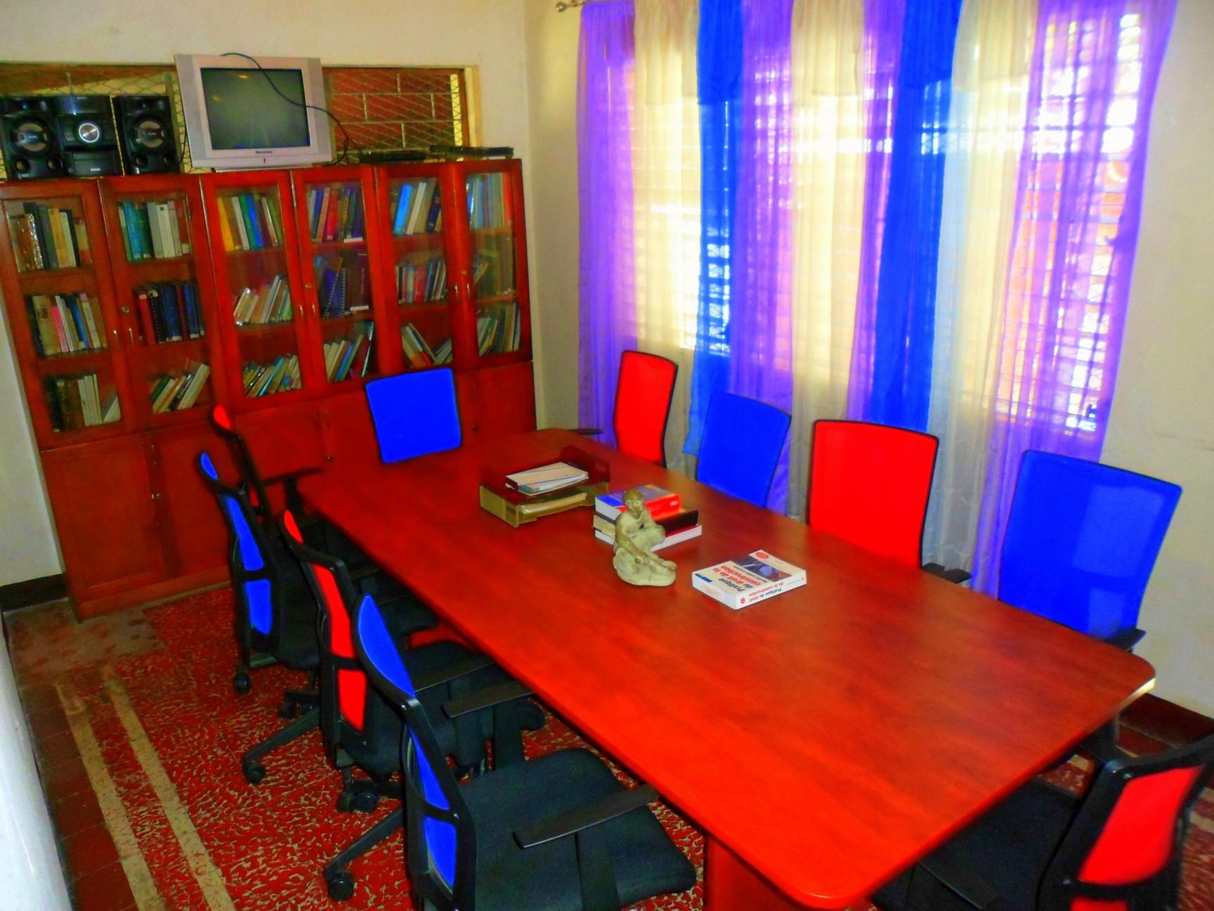 canap cabinet d 39 avocat. Black Bedroom Furniture Sets. Home Design Ideas