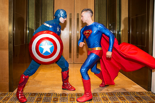 Superman_supergirl_entertainment_captian
