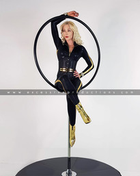 aerial_hoop_lollipop_pole_dance_showgirl