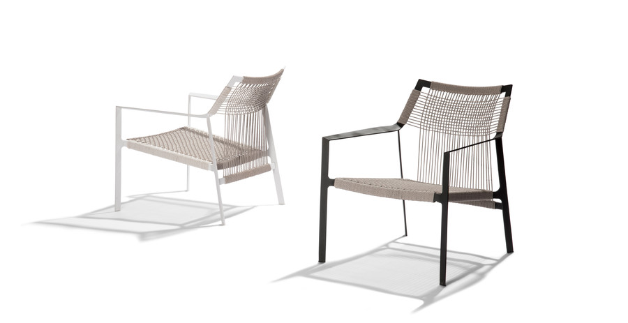 TRIBU Nodi easy chairs