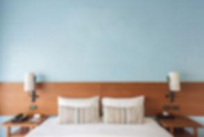 Schlafratgeber-Schlafzimmer-Wand.jpg