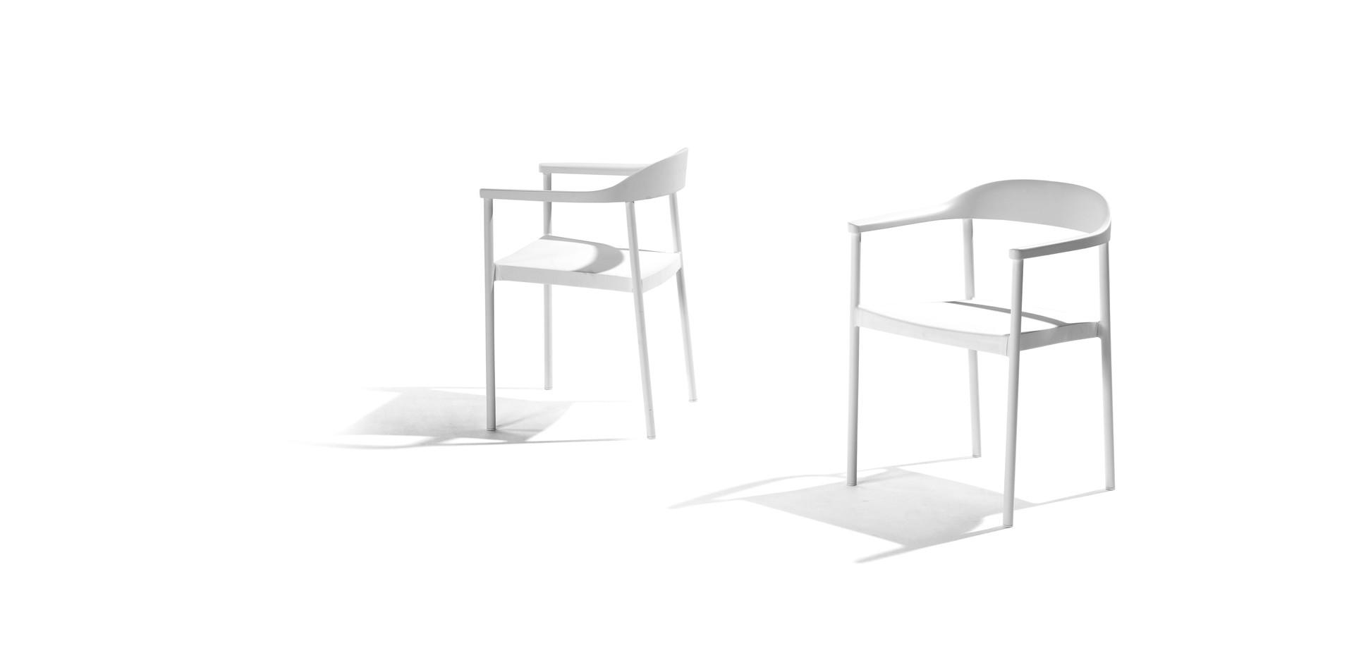 TRIBU Illum armchair