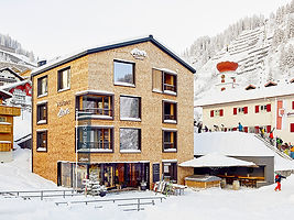 Strolz ski rental in Stuben