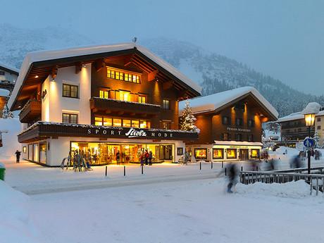 Strolz Sport- und Modehaus in Lech