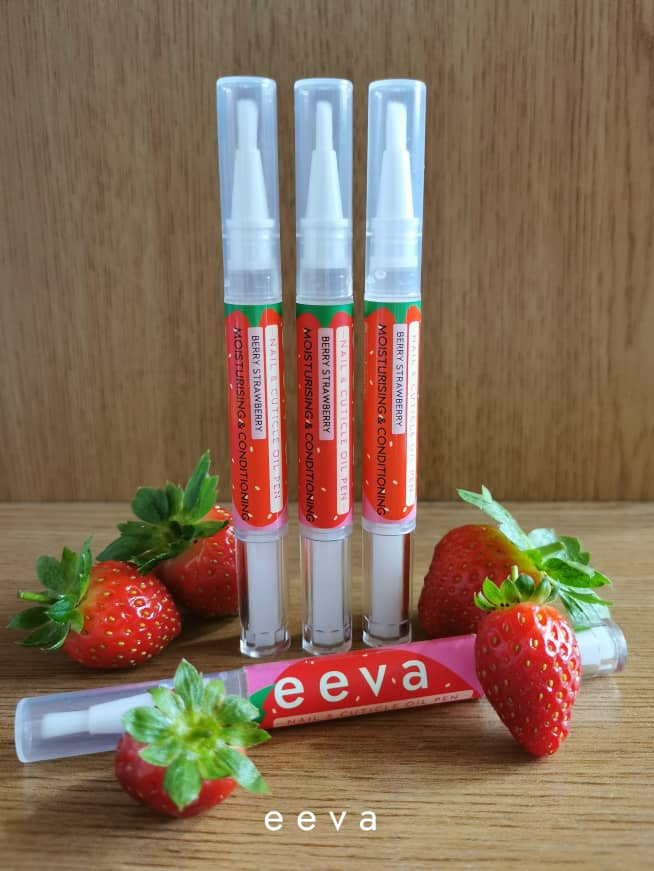 Eeva nail and cuticle oil pen in Berry Strawberry
