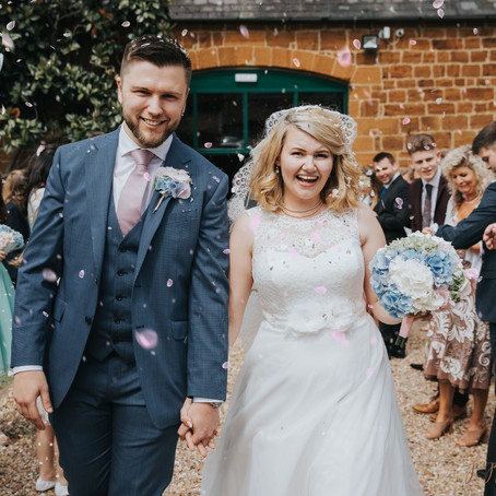 The Barns at Hunsbury Hill Wedding Photographer - Poppy Carter Portraits - Buckinghamshire Wedding P