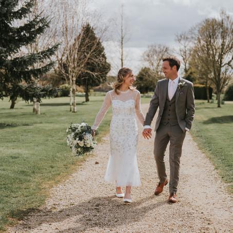 Huntsmill Farm Wedding - Poppy Carter Portraits - Buckinghamshire Wedding Photographer