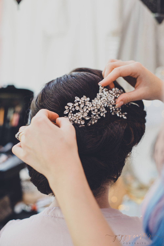 Buckinghamshire Bridal Hair Up Artist - Bridal Hair - Hair By Holly - Aylesbury - Oxford - Bucks - Poppy Carter Portraits - Wedding Photography