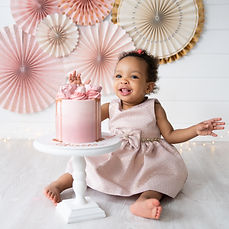 Poppy-Carter-Portraits-CakeSmash-Photogr