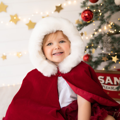 Christmas Mini Sessions - Buckinghamshire Christmas Photography - Poppy Carter Portraits
