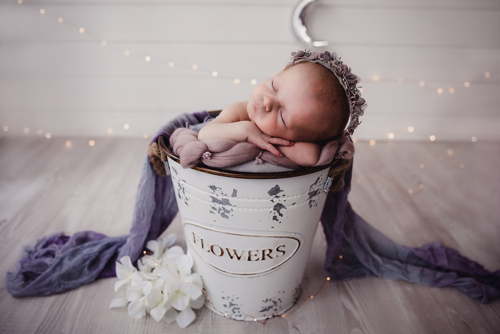 Newborn Photographer Aylesbury Buckinghamshire Poppy Carter Portraits