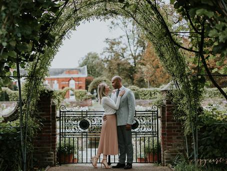 Alex + Sarah - Notting Hill Engagement Portraits - Poppy Carter Portraits - London Wedding Photograp