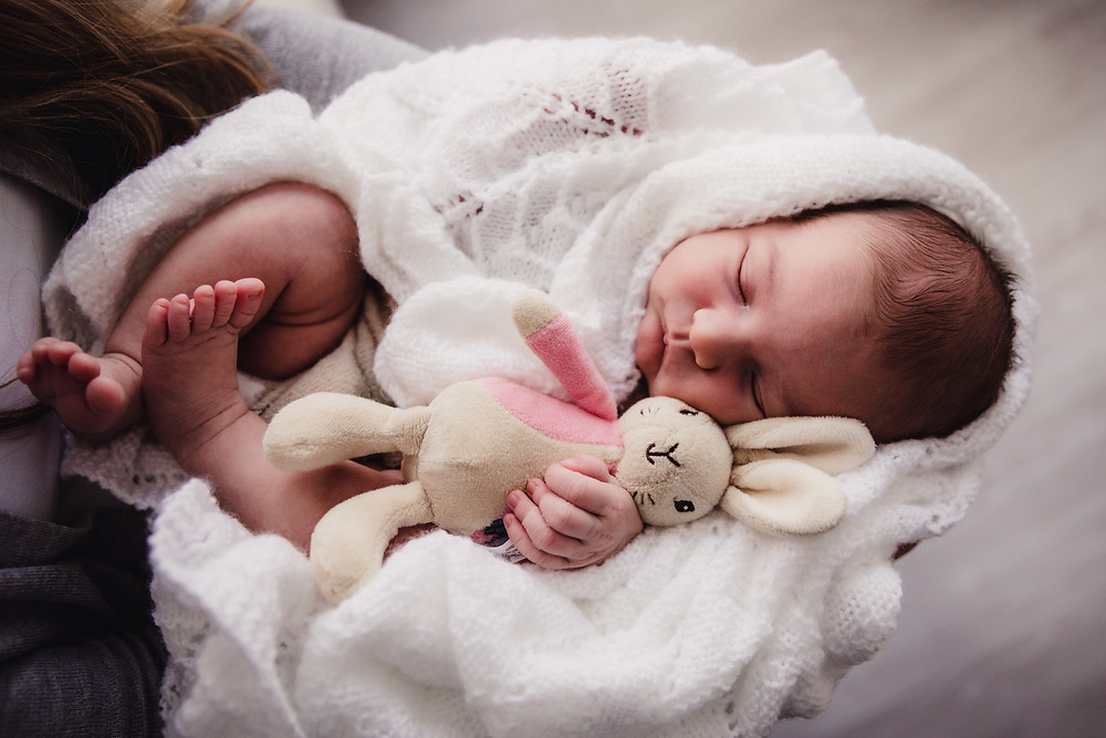 Newborn Photography Aylesbury Buckinghamshire - Poppy Carter Portraits