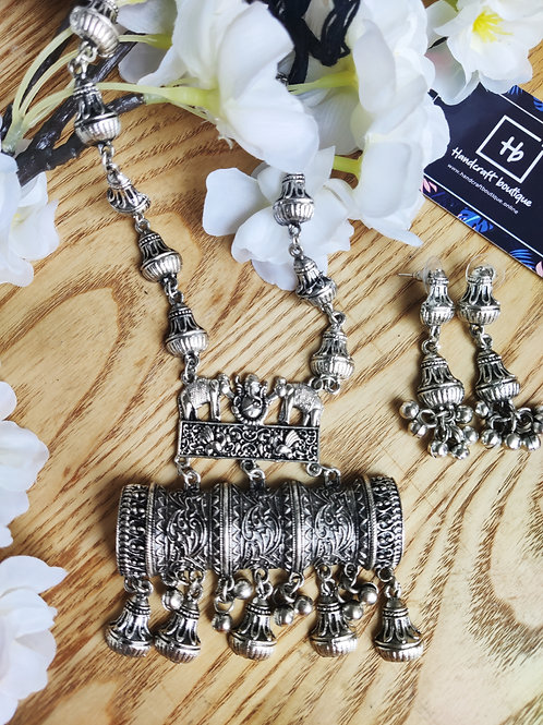 Silver oxidised jewelry set