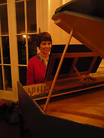 Diane Mangiante plays the ACS harpsichord