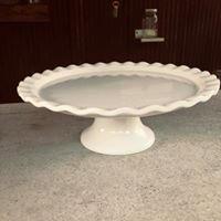 Short Round White Cake Stand