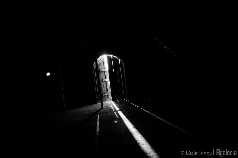 Fény a sötétségben | Lázár János