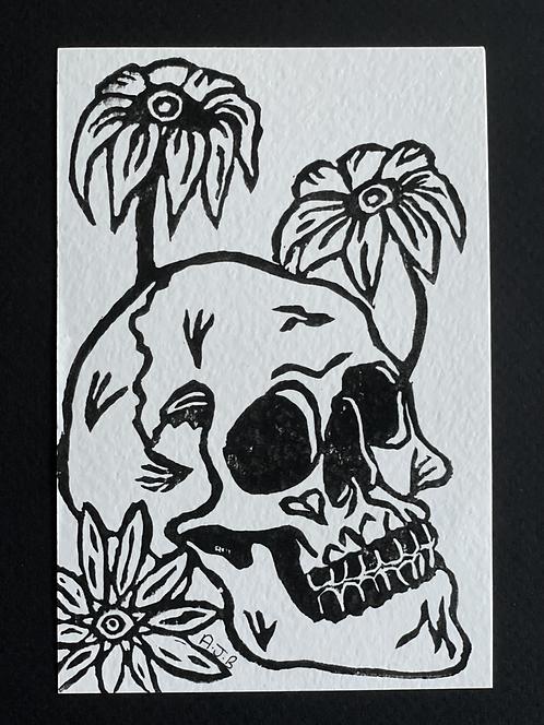 Droopy Daisy Skull