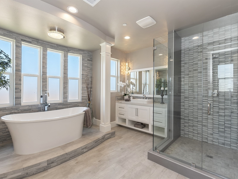 031_Master Bathroom  .jpg