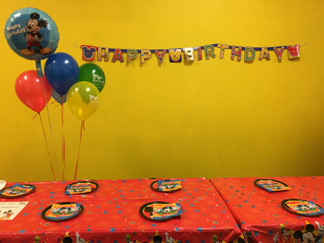 Themes make your parties pop!