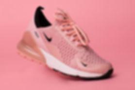розовые кроссовки найк