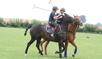 le relais centre équestre Sports équestres, polo, horse ball, pony games