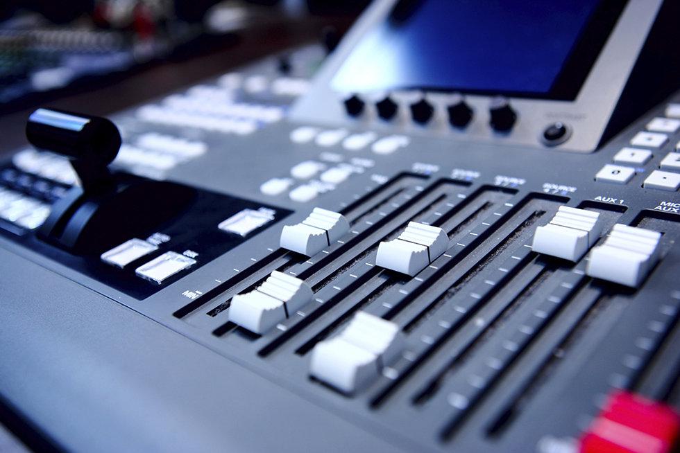 ON - AV lydboard 01 1000 pixels.jpg