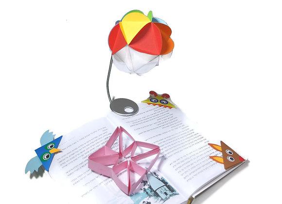 מנורת קריאה, סימניות ומשחק מקופסת נייר