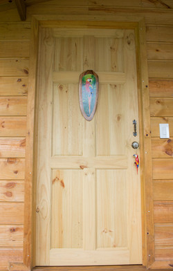 Puerta de entrada cabana Lapa