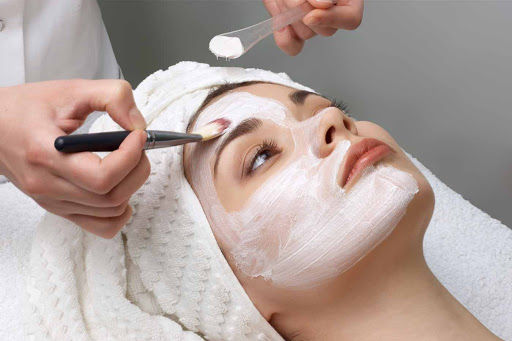 Basic Facial or Back Facial (60 min)