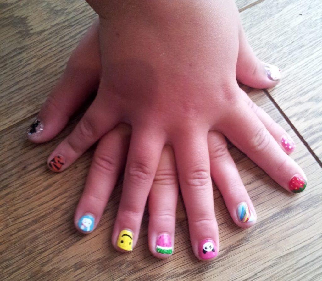 Kid Manicure (under 12 years old)