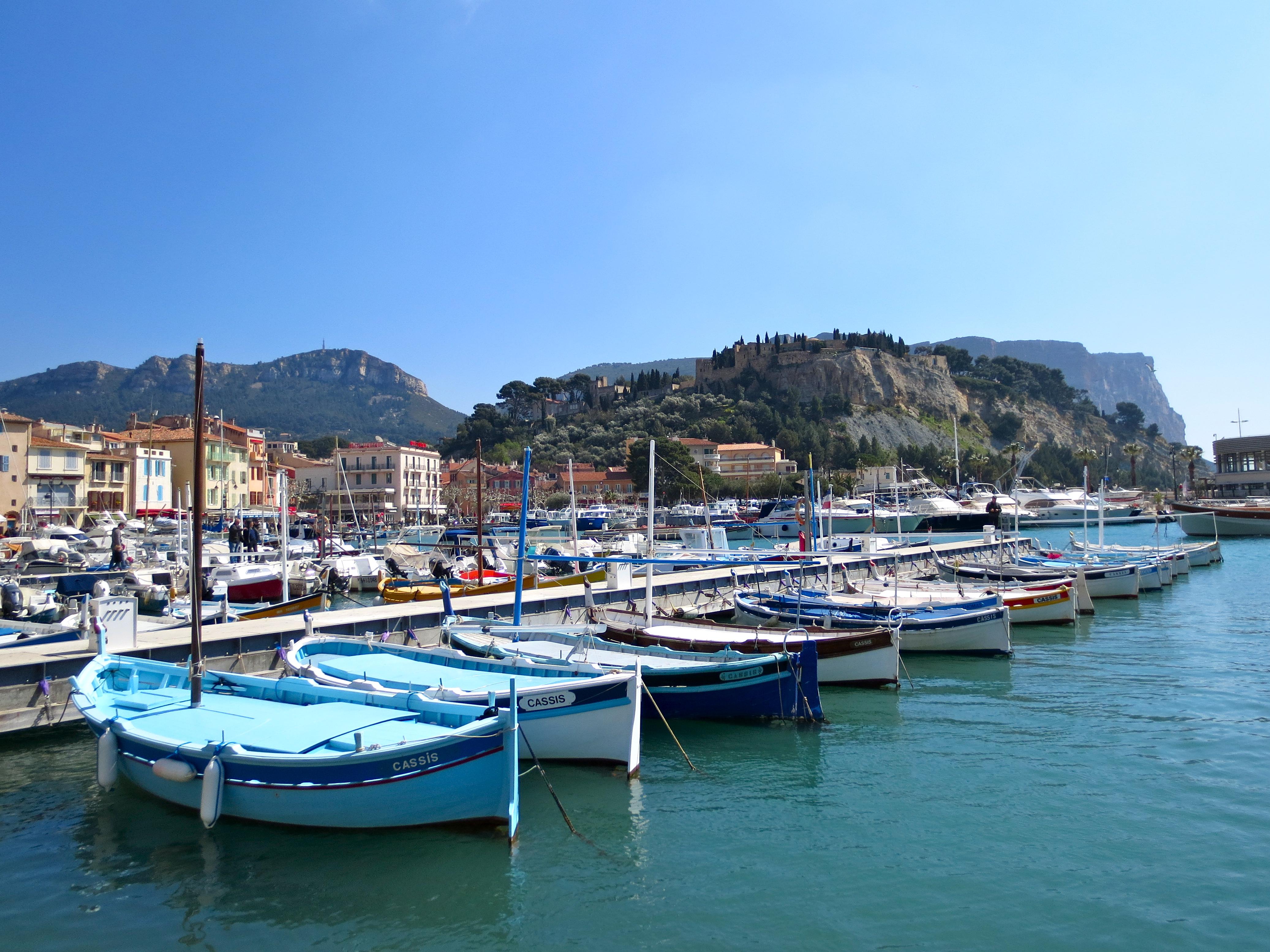 Cassis harbor