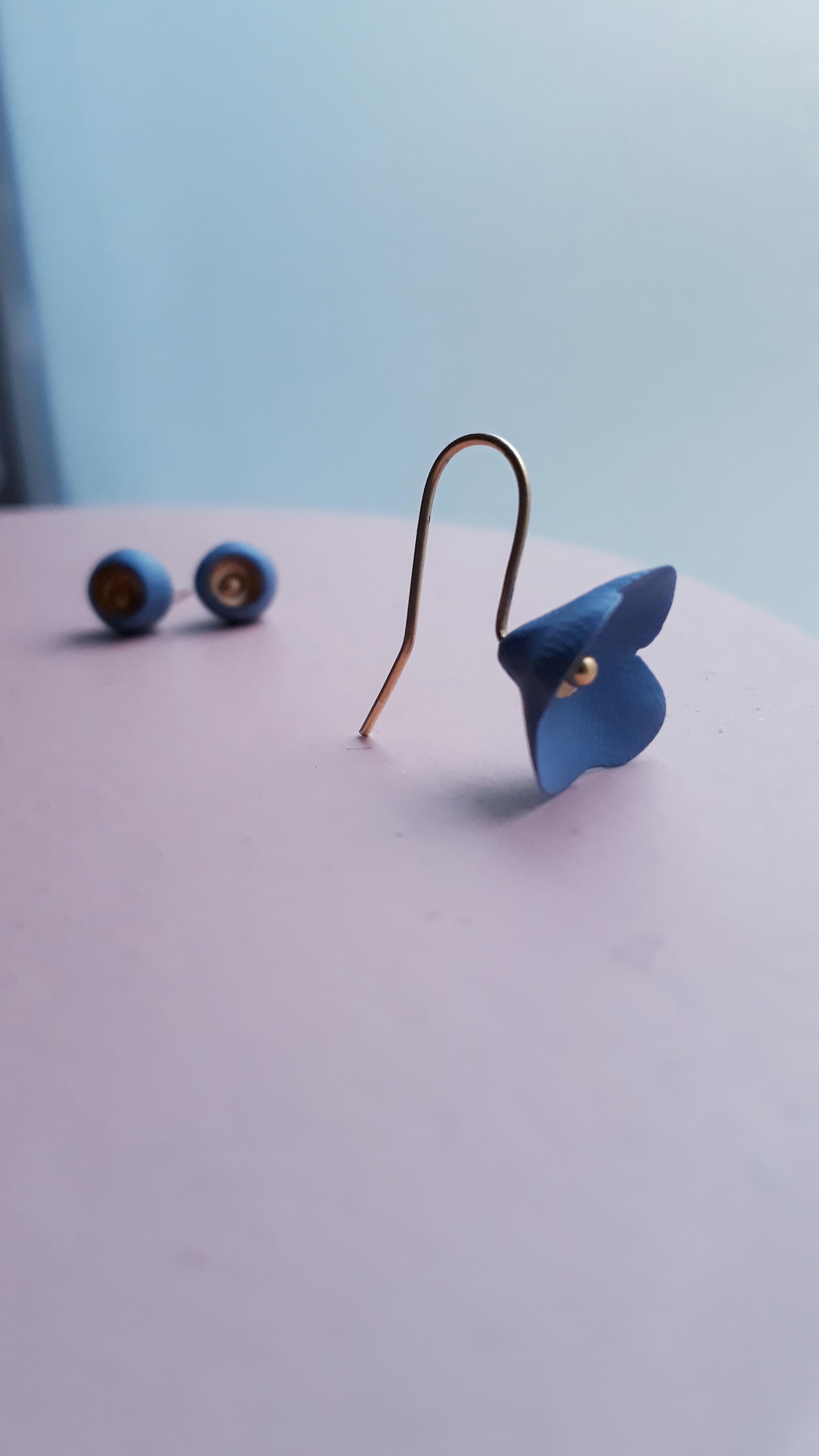 Boucle Camélia bleu lavande