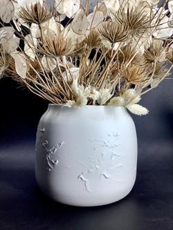 """Vase boule """"R"""" porcelaine"""