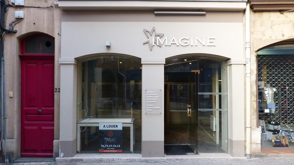 Choix fait sur la boutique Imagine, célèbre en son temps pour ses bijoux et foulards