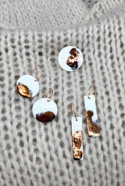 Boucle porcelaine avec cuivre