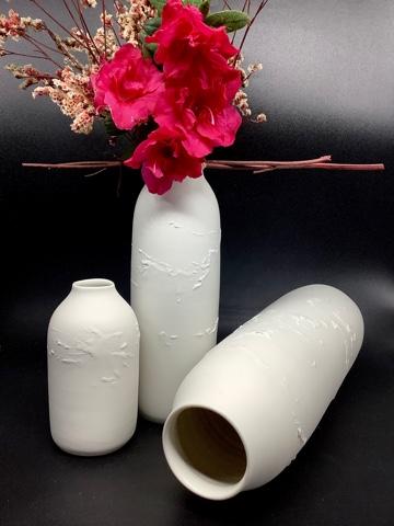 """Bouteilles/Vases  """"R"""" porcelaine"""