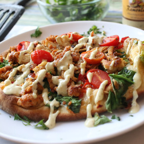 Cajun Chicken Pizza With Divine Kuizine Remoulade Sauce