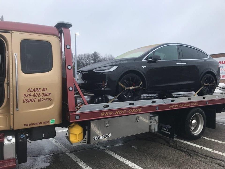 Quality Towing Services | Clare, MI 48617 | Tesla Certified